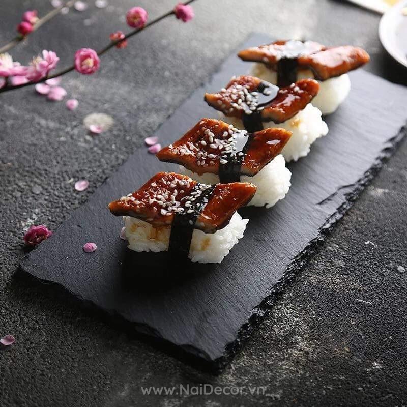 Dia da chup anh sushi mau den 19